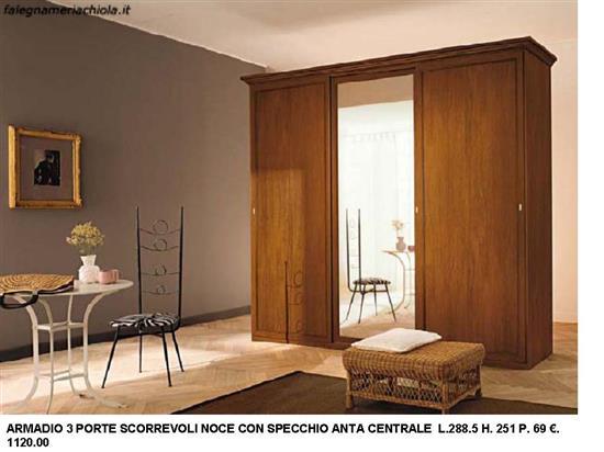 Porte Scorrevoli A 3 Ante.Armadio 3 Ante Scorrevoli Noce Con Un Anta Centrale Vetro N 26 C