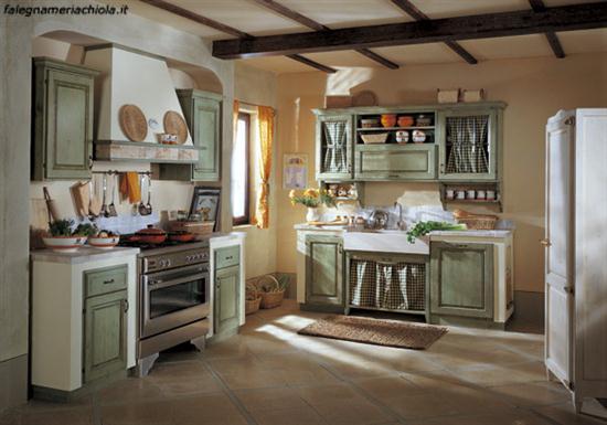 Cucina in muratura su misura decape verde falegnameria for Cucine classiche lineari