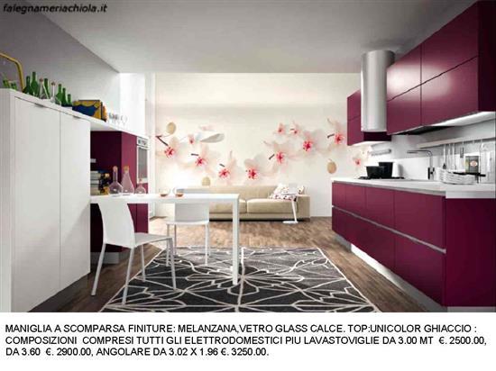 CUCINA CON MANIGLIE A SCOMPARSA MELANZANA E VETRO GLASS CALCE N. 57 ...