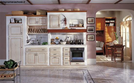 Cucina in muratura su misura decape avorio falegnameria chiola - Mobili decape avorio ...