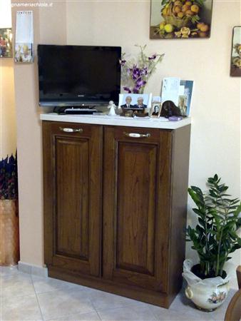 CUCINA MOBILE IN CASTAGNO | Falegnameria Chiola