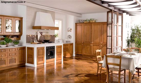 Cucine classiche lineari awesome elegante cucine for Cucine muratura prezzi di fabbrica